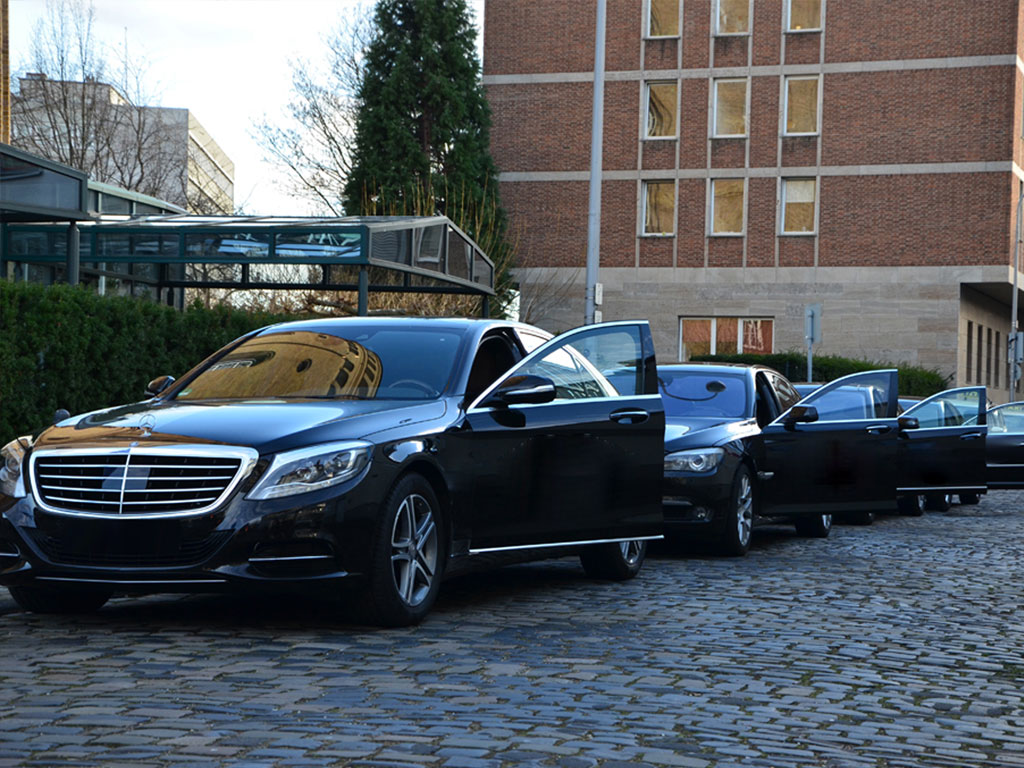 Mercedes S Class First_Class